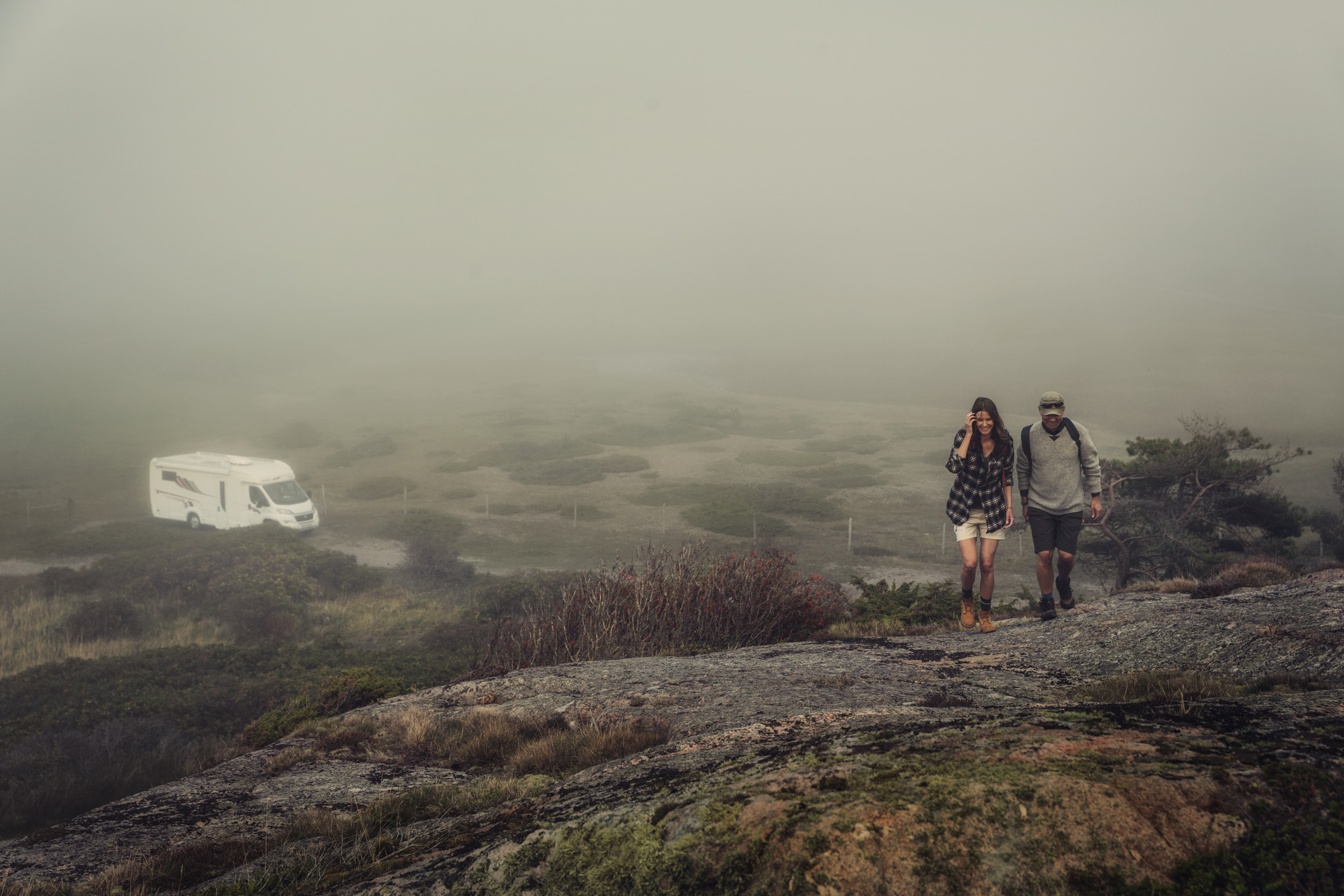 Dometic, rv, hike, cliff, fog, cloud, grey, dark, nature, lifestyle, couple, family, walk