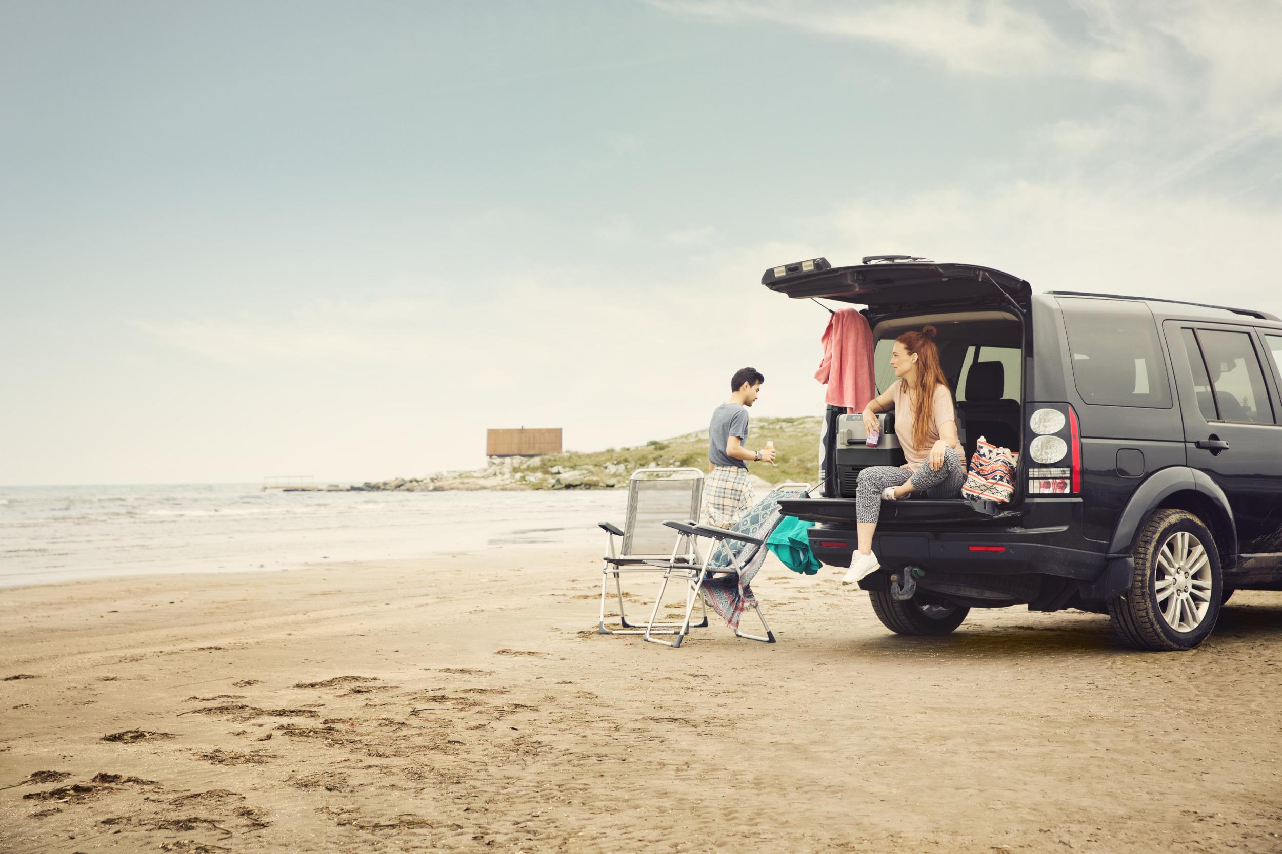 Kühlschrank Im Auto Lagern : ᐅ elektrische kühlboxen für camping & auto dometic