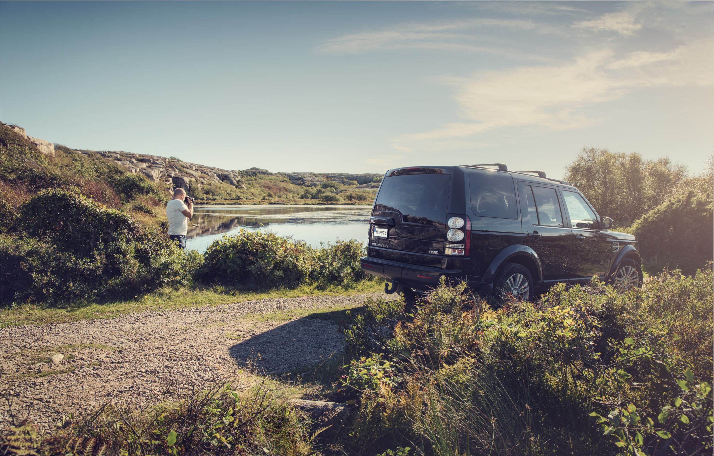 Dometic, landrover, camera, car, vehicle, photo, lake, drive, road trip, nature, lifestyle