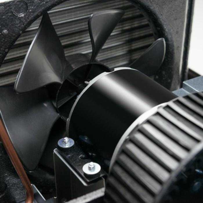 Dometic Brisk II Air - 15,000 BTU Rooftop Air Conditioner