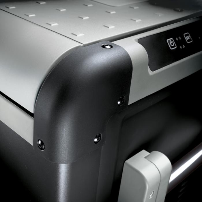 Почему холодильники CFX такие мощные?