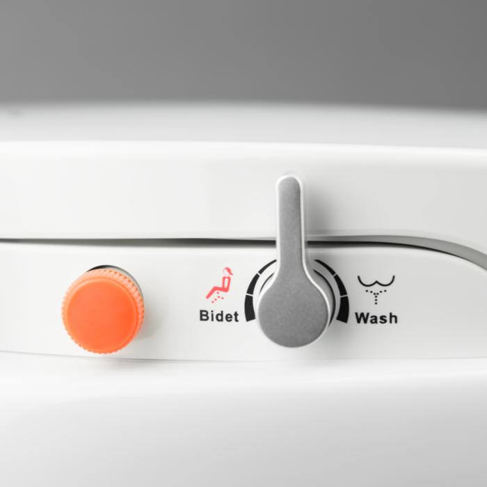 Brilliant Dometic Masterflush 8500 Macerator Toilet With Bidet And Creativecarmelina Interior Chair Design Creativecarmelinacom